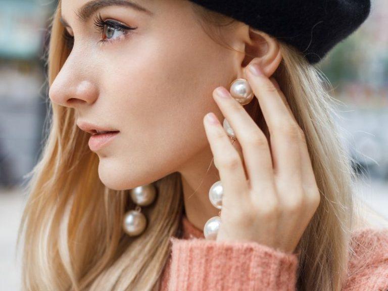 תמונה של סוגי עגילים באוזן